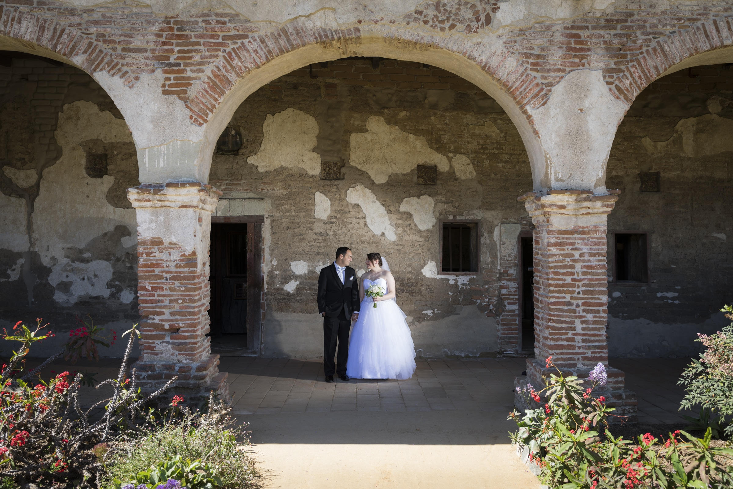 mission-san-juan-capistrano-wedding-17