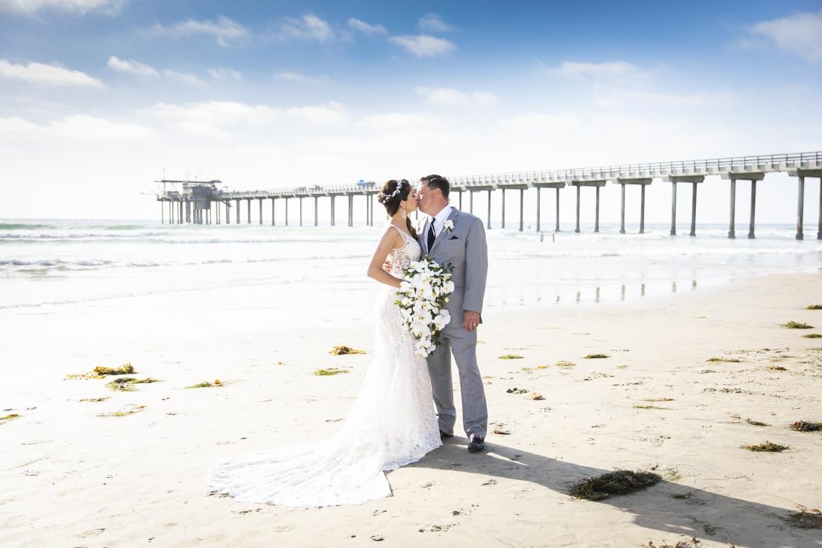 scripps-seaside-forum-wedding-46