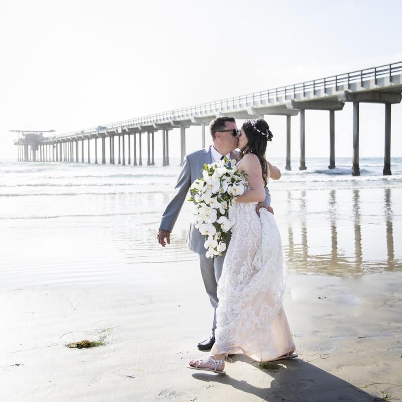 scripps-seaside-forum-wedding-54