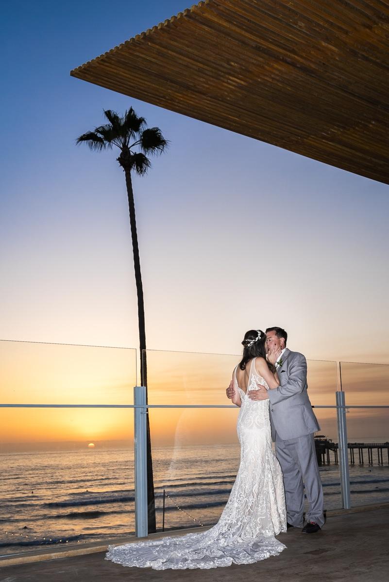 scripps-seaside-forum-wedding-70