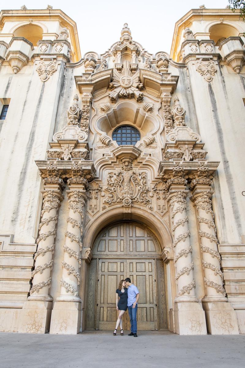 balboa-park-engagement-photos-19