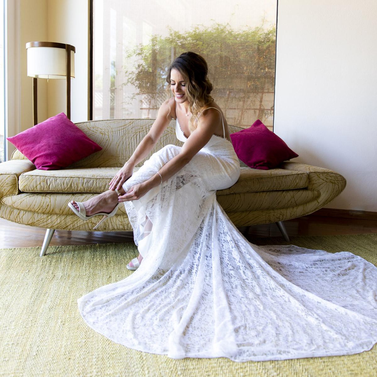 getting-ready-la-jolla-wedding-13