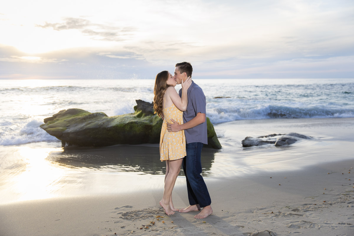 windansea-beach-engagement-11